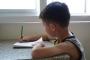 Dokunmatik ekranlar çocukların el yazısını nasıl etkiliyor?