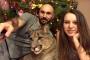 Rusya'da bir çift, sahiplendikleri pumayı evcilleştirdi