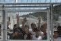 'AB, Türkiye sınırlarını mültecilere karşı silahlandırdı'