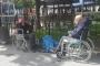 İBB, yaşlı, kimsesiz ve hastaları hastane bahçesine bıraktı!