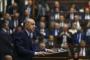 Erdoğan: Diktatör görmek isteyen 15 vekiline parti değiştirene baksın