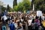 İÜ'de öğrenciler ayakta: Tasarı bölüyor, öğrenciler birleşiyor