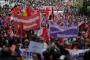 İşçiler 1 Mayıs'ta tüm dünyada haykırdı: Güvenceli iş, insanca yaşam!