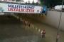 Ankara'da sel; AKP'nin 'Hizmette ustalık!' pankartı dikkat çekti!
