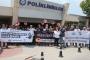 Ege Üniversitesi Hastanesi çalışanları şiddete karşı iş bıraktı