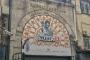 Kapalıçarşı'nın Sandal Bedastanı Kapısı'na Nusr-Et tabelası asıldı!