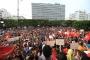 Tunus'ta binler, kadın-erkek eşitliği için bir araya geldi