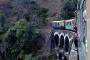 Hindistan'da 2 yılda tren kazalarında yaklaşık 50 bin kişi öldü