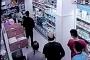 Markette genç bir kadını darbeden saldırgan serbest bırakıldı