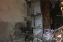 Samatya'da iki bina çökme riski nedeniyle boşaltıldı, biri çöktü