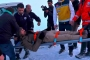 Çığ düşmesi sonucu mahsur kalan 11 kişi kurtarıldı