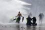 Fransa'da 'Sarı Yelekliler'in akaryakıt zammı protestoları sürüyor