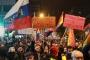 Sırbistan'da protestolar sürüyor: RTS muhalefete yer versin
