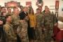 Trump çifti, Irak'taki ABD askerlerini ziyaret etti