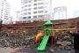 Maraş'ta istinat duvarı çöktü: 1 kişi enkaz altında kalmaktan kurtuldu