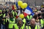 Fransa'da biber gazı sıkacak polisler kamera taşımak zorunda olacak