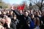 Tiran'da on binlerce kişi hükümetin istifasını istedi