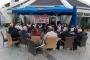 İzmir'de Karabağlar Belediyesi işçilerinin grevi sürüyor