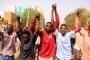 Sudanlılar darbeye karşı sabahladı: Devrim yeni başlıyor