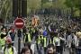 Fransa'da on binlerce sarı yelekli yasağa rağmen sokaklara çıktı