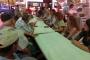 Emek Partisinden Aliağa'da direnen işçilere dayanışma ziyareti
