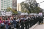 Arjantin'de işçi ve emekçiler kriz ve yoksulluğu bakanlık önünde protesto etti