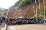 Gümüşhane'de ücretleri ödenmeyen maden işçileri eylem yaptı