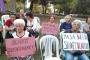 Antalya'da kadınlardan kadın cinayetlerine karşı oturma eylemi