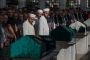Bakırköy'de ölü bulunan 3 kişilik aile toprağa verildi
