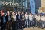 İzmir'de Koton önünde eylem: Atılan işçiler geri alınsın