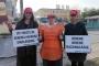 Direnişteki VİP Giyim işçisi kadınlar: Kadınız, güçlüyüz, değiştireceğiz