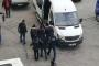 Sur Belediyesi eş başkanları tutuklandı