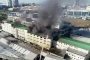 Başakşehir'de tekstil atölyesinde yangın: Müdahaleye gelen itfaiye aracı devrildi