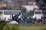 Yunanistan, İdomeni mülteci kampını boşaltıyor