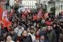 Fransa'da işçiler kararlı, hükümet zor durumda