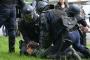 Fransa'da 77 kişiye grev gözaltısı