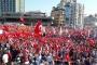 Taksim Meydanında yüz binler toplandı