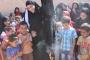 Menbic'de kadınlar çarşafları yakıp özgürlüğe koştular