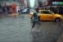 Yalova'da bir saatlik yağış su baskınlarına neden oldu