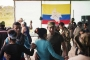 FARC gerillaları barışı şarkılarla ve danslarla kutluyor