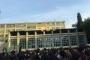 Kadıköy Anadolu Lisesi öğrencileri oturma eylemi yaptı