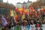 Köln'de 20 bin kişi tutuklamaları protesto etti