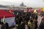 Köln'de 50 bin kişi Türkiye'deki baskıları protesto etti