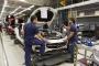 Mercedes işçileri geçimlerini ek iş yaparak sağlıyor