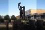 Kayyım, Uğur Kaymaz heykelini kaldırdı