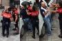 Ters yöne giren taksici darbedilerek gözaltına alındı