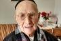 Auschwitz'ten kurtulan dünyanın en yaşlı adam öldü