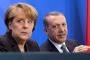 Merkel: Bizim ülkemizde insanlar tek başına karar verir