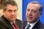 Gabriel: Sorunumuz Türklerle değil hükümetin politikalarıyla