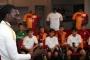 Gomis, Galatasaray U12 takımı futbolcularıyla buluştu